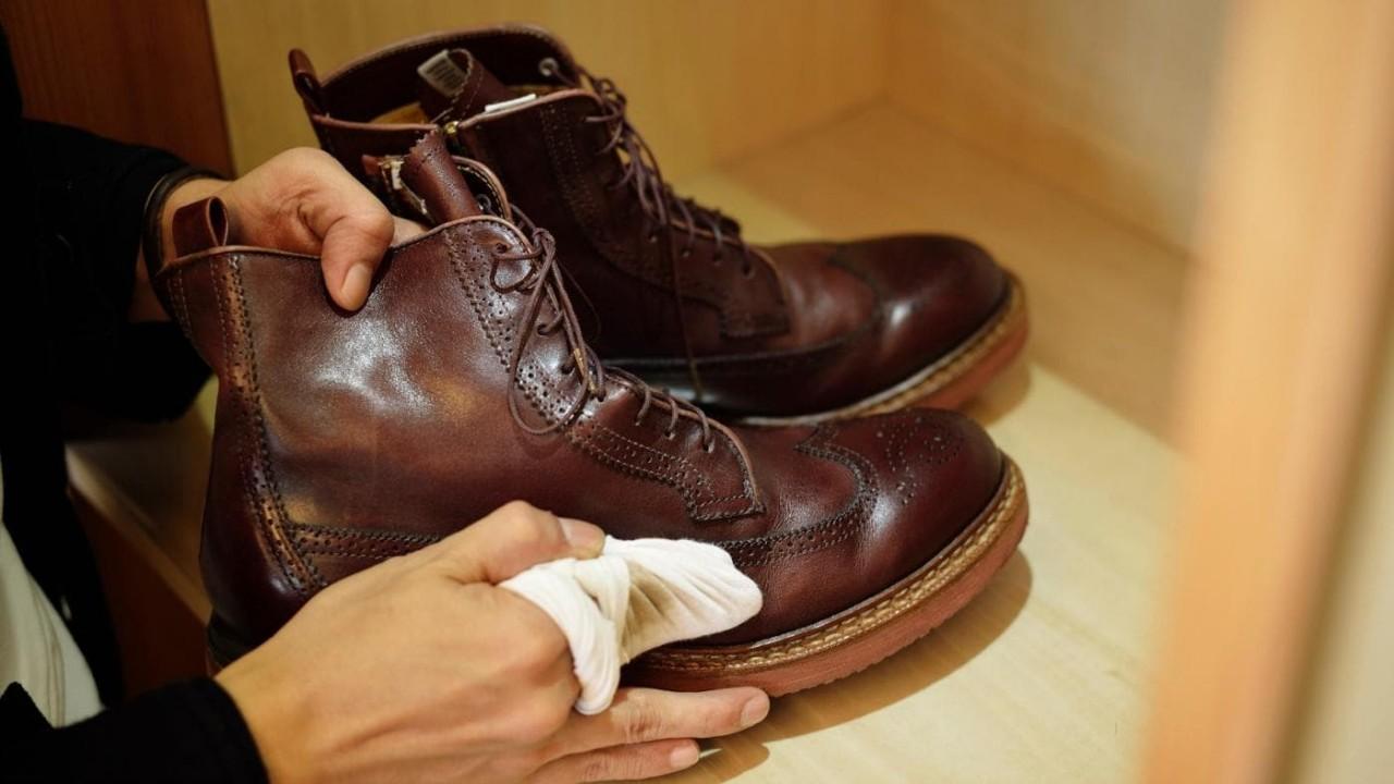 Растянуть обувь на размер в мастерской