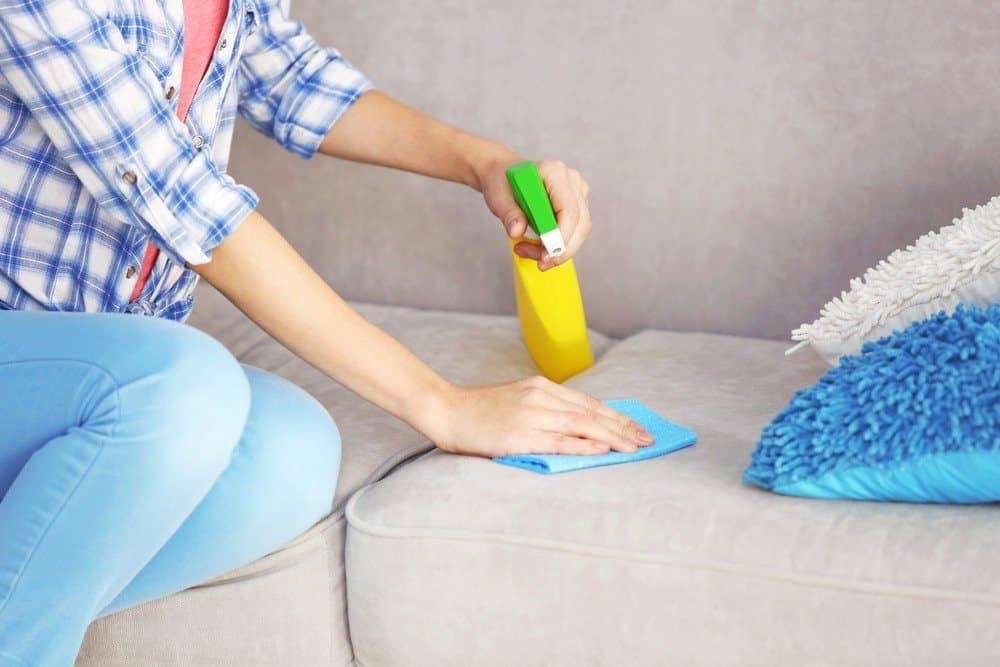 Как оттереть пятно от дивана фото